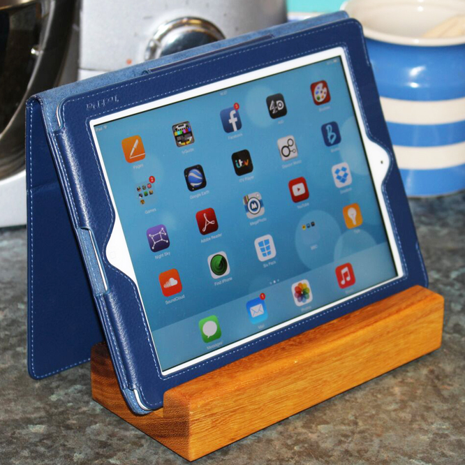 tablet stand - treesaurus